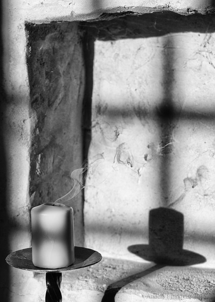 _MG_1571 Black & White shades